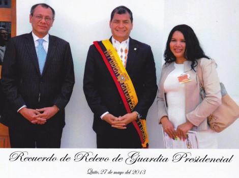 Activista Transexual Diane Rodriguez LGBT de Ecuador junto a Rafael Correa Presidente de Ecuador