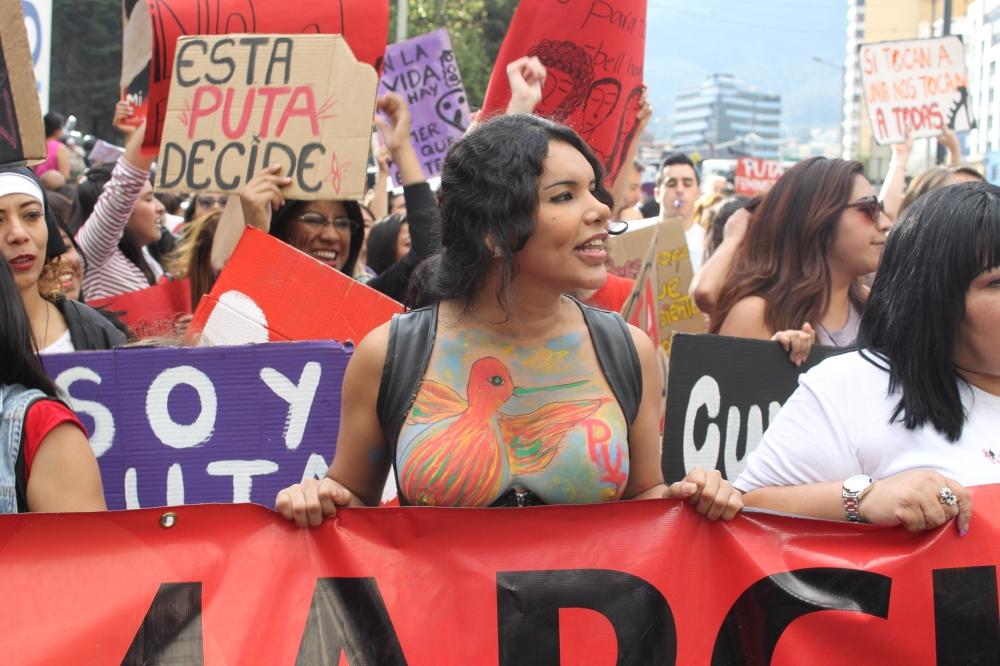 Diane Rodríguez activista Transexual y representante de los LGBT en Ecuador - Marcha de las putas - transfeminismo 2