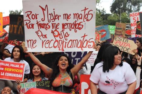 Diane Rodríguez activista Transexual y representante de los LGBT en Ecuador - Marcha de las putas - transfeminismo 3