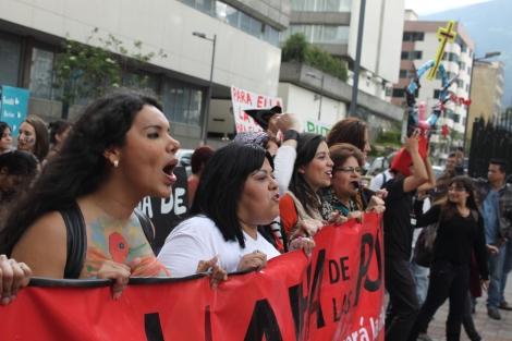 Diane Rodríguez activista Transexual y representante de los LGBT en Ecuador - Marcha de las putas - transfeminismo 4