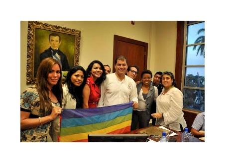 Diane Rodriguez Activista GLBT y Presidente Rafael Correa