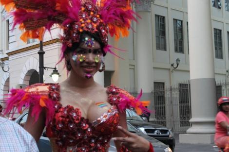 trans transexual transgénero travesti Diane Marie Rodríguez Zambrano en Orgullo y diversidad sexual 2014 - orgullo gay - orgullo glbti guayaquil 4