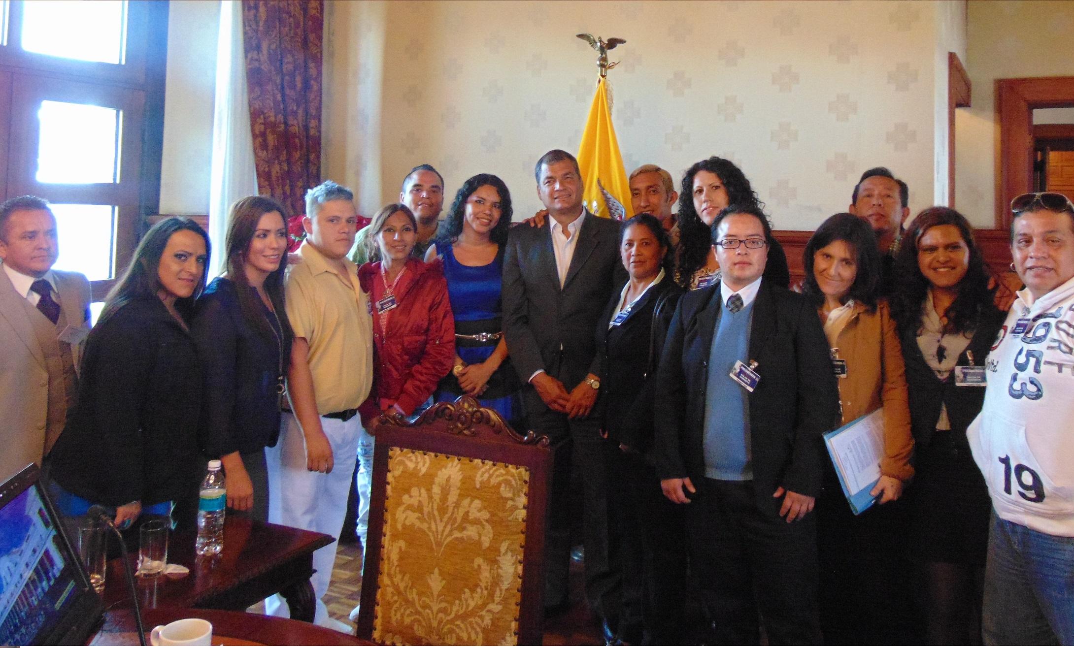 Tercera reunión de los Colectivos LGBT con el Presidente del Ecuador Rafael Correa Delgado - web