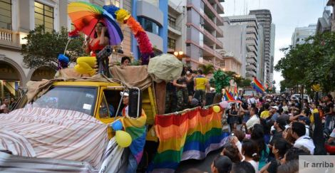 Asociación invita a Rafael Correa y a Jaime Nebot a marcha del Orgullo Gay en Guayaquil- SiluetaX- DianeRodriguez