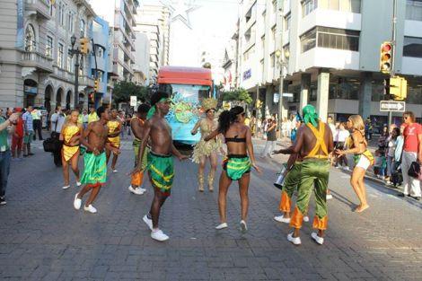 Orgullo LGBT Gay Ecuador Guayaquil 2015 - Asociación Silueta X (10)
