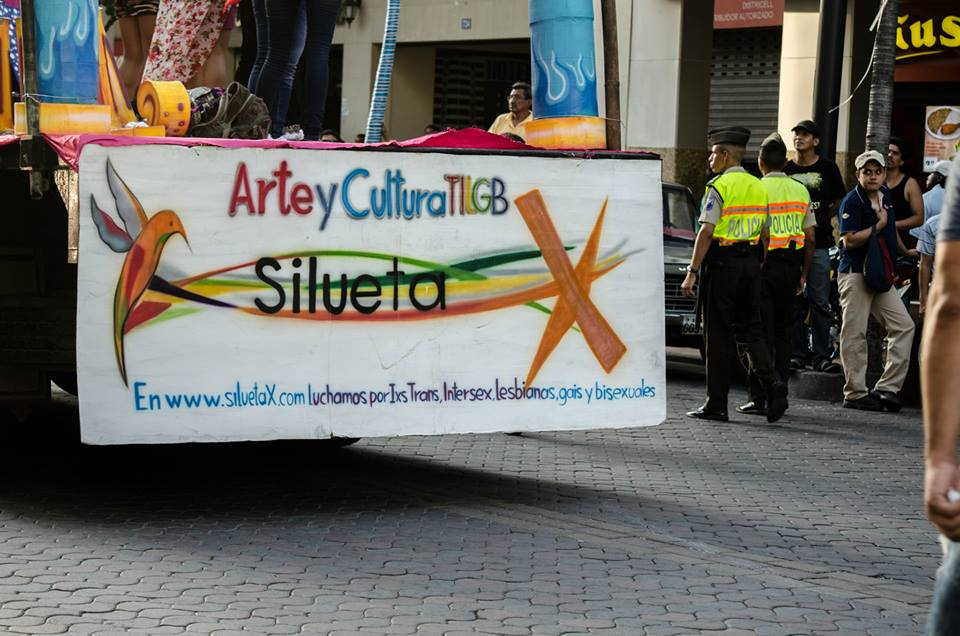 Orgullo LGBT Gay Ecuador Guayaquil 2015 - Asociación Silueta X (106)