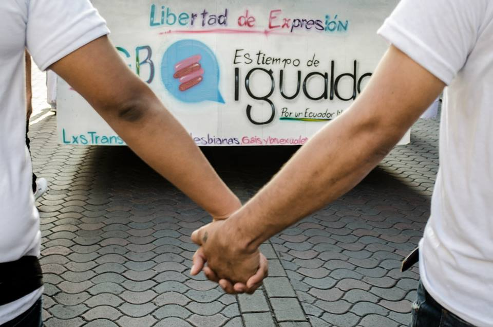 Orgullo LGBT Gay Ecuador Guayaquil 2015 - Asociación Silueta X (111)