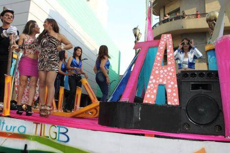 Orgullo LGBT Gay Ecuador Guayaquil 2015 - Asociación Silueta X (124)