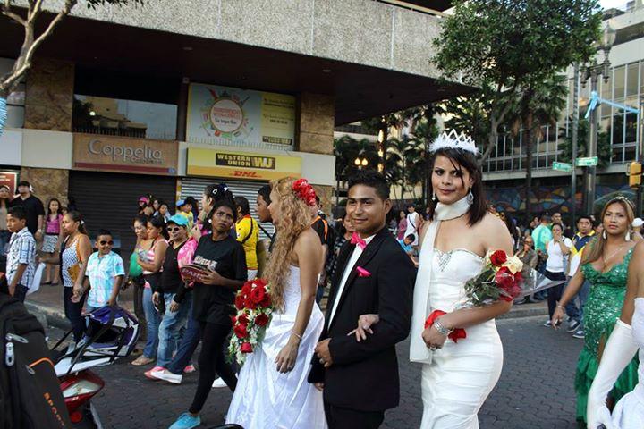 Orgullo LGBT Gay Ecuador Guayaquil 2015 - Asociación Silueta X (147)