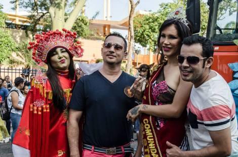 Orgullo LGBT Gay Ecuador Guayaquil 2015 - Asociación Silueta X (160)