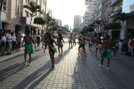 Orgullo LGBT Gay Ecuador Guayaquil 2015 - Asociación Silueta X (191)