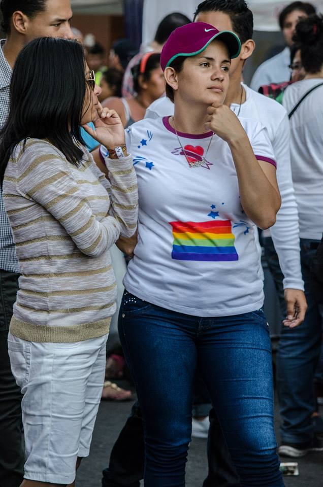 Orgullo LGBT Gay Ecuador Guayaquil 2015 - Asociación Silueta X (39)