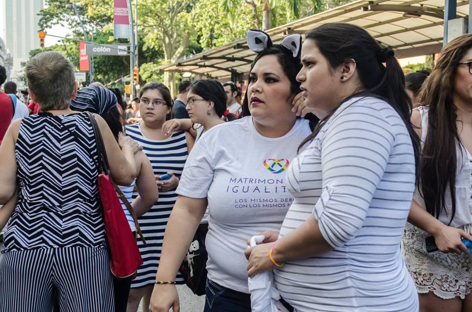 Orgullo LGBT Gay Ecuador Guayaquil 2015 - Asociación Silueta X (53)
