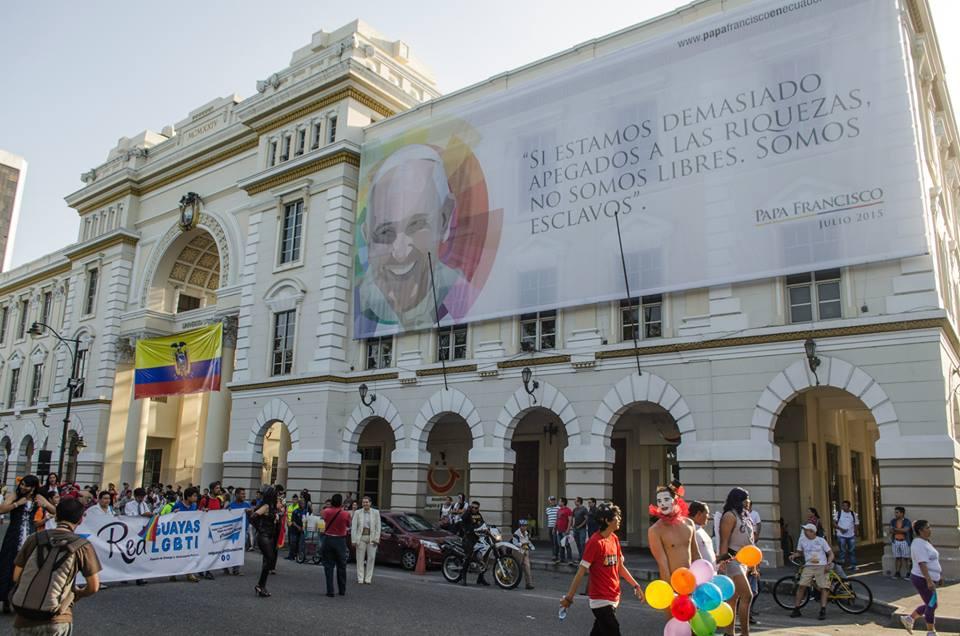 Orgullo LGBT Gay Ecuador Guayaquil 2015 - Asociación Silueta X (67)
