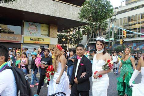 Orgullo LGBT Gay Ecuador Guayaquil 2015 - Asociación Silueta X (69)