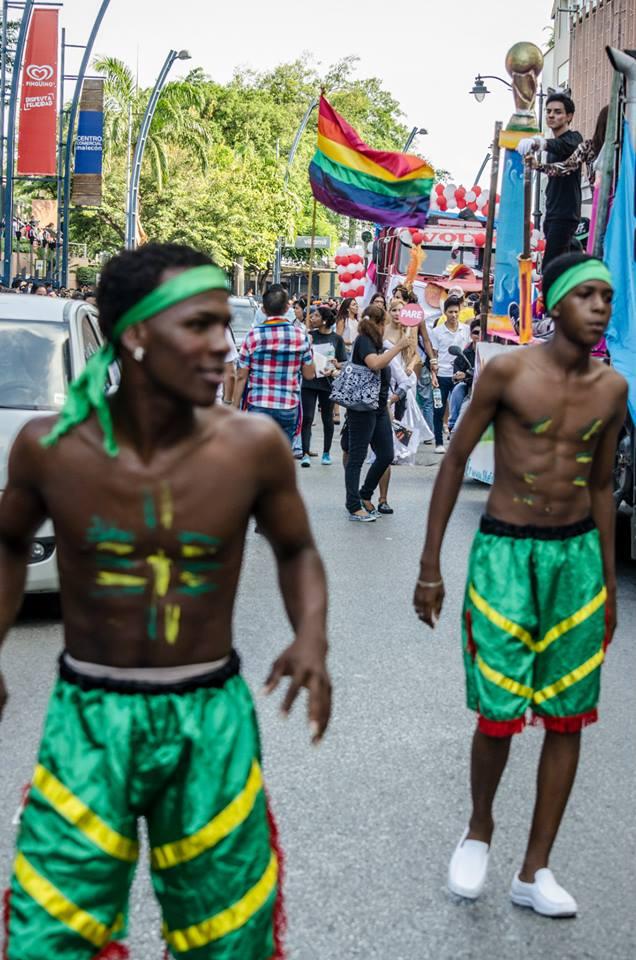 Orgullo LGBT Gay Ecuador Guayaquil 2015 - Asociación Silueta X (86)
