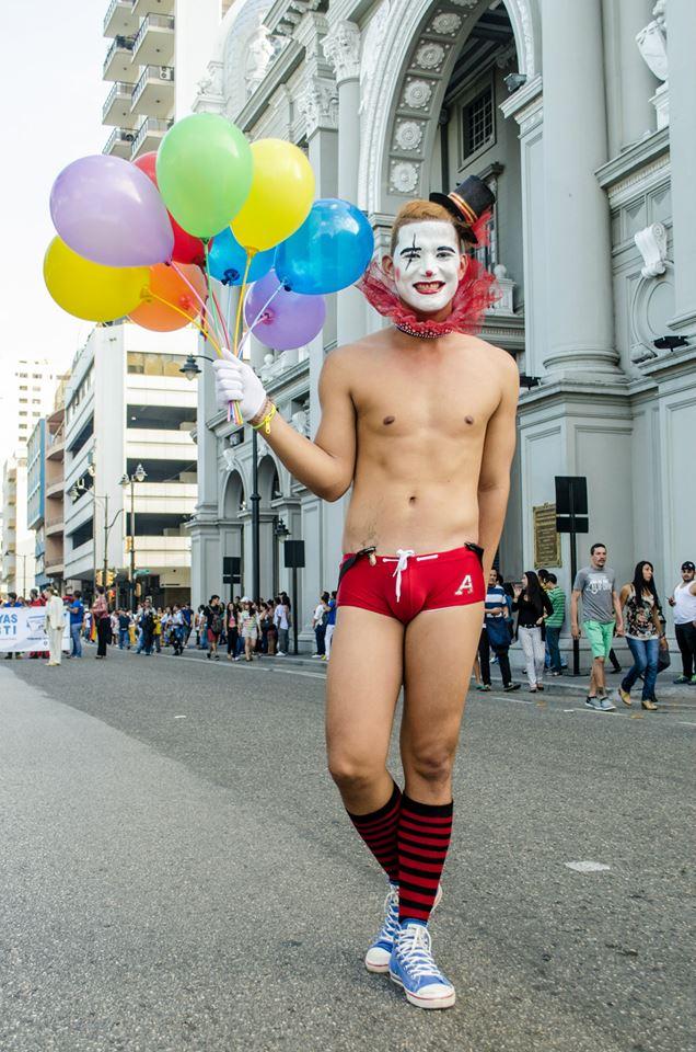 Orgullo LGBT Gay Ecuador Guayaquil 2015 - Asociación Silueta X (98)