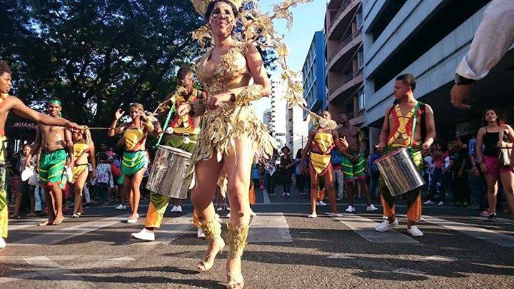 Orgullo LGBT Gay Ecuador Guayaquil 2015 - Asociación Silueta X con Diane Rodríguez DianeRodriguezz  (13)