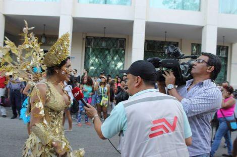 Orgullo LGBT Gay Ecuador Guayaquil 2015 - Asociación Silueta X con Diane Rodríguez DianeRodriguezz  (32)