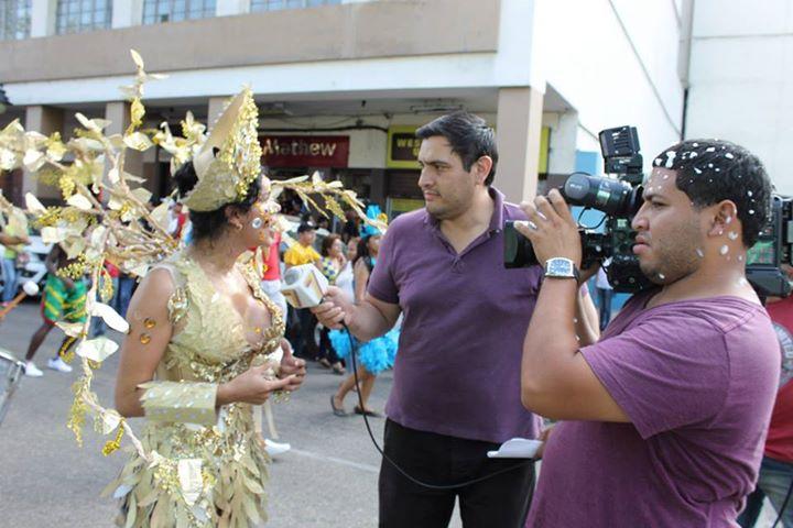 Orgullo LGBT Gay Ecuador Guayaquil 2015 - Asociación Silueta X con Diane Rodríguez DianeRodriguezz  (33)
