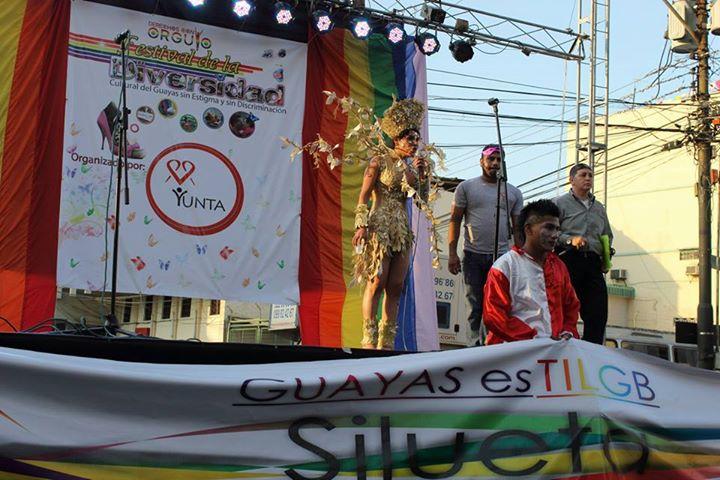 Orgullo LGBT Gay Ecuador Guayaquil 2015 - Asociación Silueta X con Diane Rodríguez DianeRodriguezz  (47)