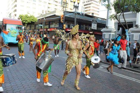 Orgullo LGBT Gay Ecuador Guayaquil 2015 - Asociación Silueta X con Diane Rodríguez DianeRodriguezz  (49)