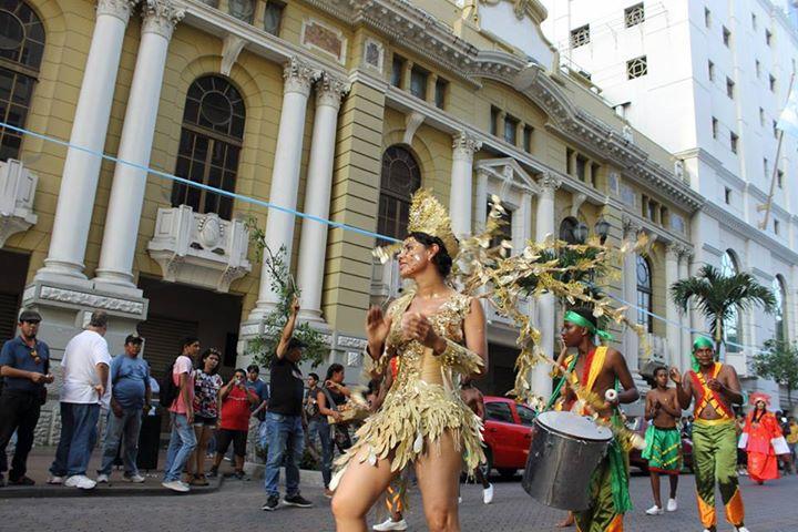 Orgullo LGBT Gay Ecuador Guayaquil 2015 - Asociación Silueta X con Diane Rodríguez DianeRodriguezz  (57)
