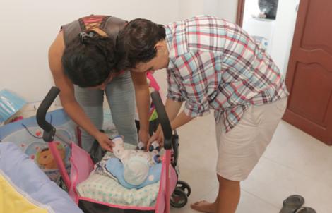 Nació el hijo de pareja transexual diane rodriguez y fernando machado en Ecuador