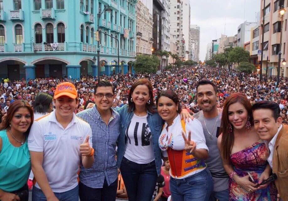 Vista desde la Plataforma del Festival organizada por la Federación Ecuatoriana de Organizaciones LGBTI (2)