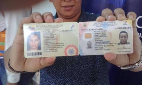 Transexuales logran la sustitución de sexo por genero en la cedula en Ecuador (12)