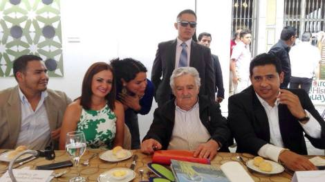 federacion-jovenes-lgbt-ecuador-en-almuerzo-con-jose-pepe-mujica-ex-presidente-de-uruguay-15