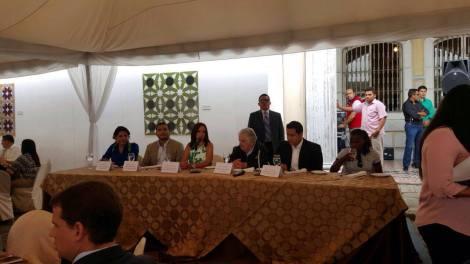 federacion-jovenes-lgbt-ecuador-en-almuerzo-con-jose-pepe-mujica-ex-presidente-de-uruguay
