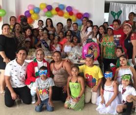 Agasajo Navideño a niños con enfermedades catastroficas y VIH - Asociación LGBT Silueta X - Ecuador (5)