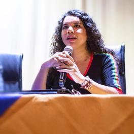 FORO - PANEL sobre Diversidad Sexual y Género - Universidad Politecnica Salesiana con Diane Rodriguez transgénero LGBT ecuador (2)