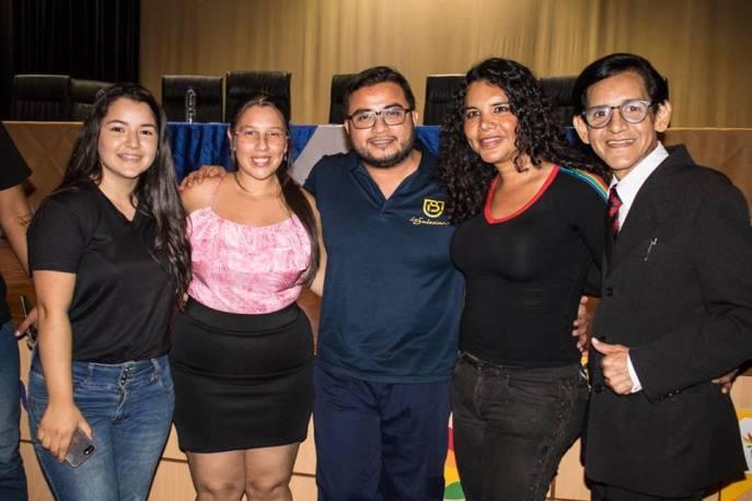 FORO - PANEL sobre Diversidad Sexual y Género - Universidad Politecnica Salesiana con Diane Rodriguez transgénero LGBT ecuador (8)