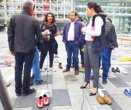 Iniciativa Zapatos diversos por asesinatos LGBT ecuador Asociación Silueta X Federación ecuatoriana Diane Rodriguez cruz muertos (3)