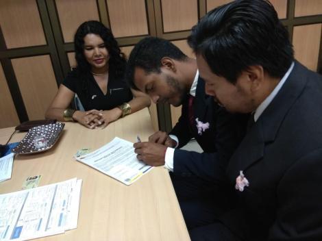 3er matrimono homosexual en Ecuador y el 1ero de hombres gays - Cámara LGBT Comercio Ecuador - Asociación Silueta X 5.jpg