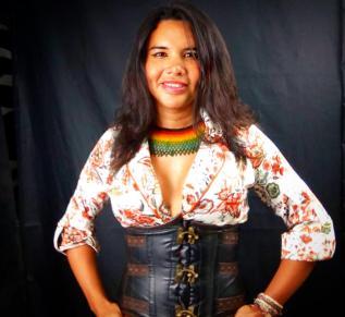 1 Activista trans Diane Marie Rodriguez Zambrano - Ecuador LGBT - transfeminista - Transgénero - MTF en Estudio