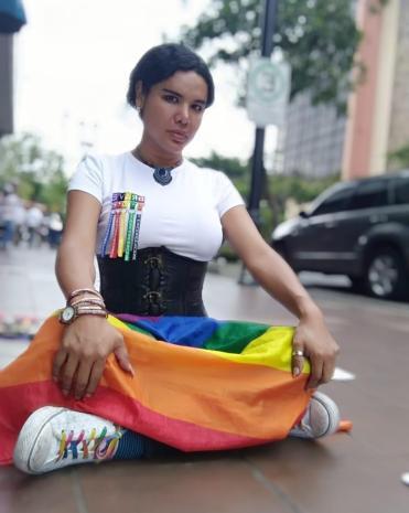 1 Activista trans Diane Marie Rodriguez Zambrano - Ecuador LGBT - transfeminista - Transgénero - MTF Protesta