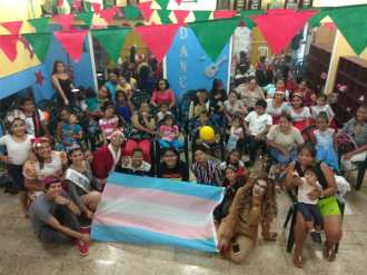 Agasajo de niños con VIH - SIlueta X - Cámara LGBT - Transmasculinos Ecuador 2019 -niños enfermeddes catastroficas (8)