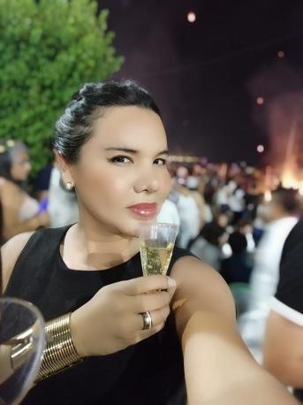 Fin de año 2019 y recibida del 2020 -Diane Marie Rodriguez Zambrano (3)