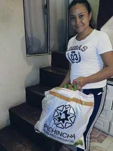 Donación de canastas y alimentos por parte de la Asociación Silueta X, centro Pisco Trans y La Camara LGBT de Comercio Ecuador - Covid19 - Apoyo Prefectura de Pichincha (13)